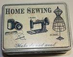 """Plåtburk fyrkant """"Home Sewing"""""""